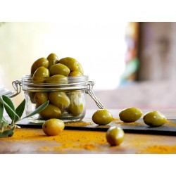 GREEN OLIVES NATURES